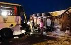 В Турции туравтобус столкнулся с грузовиком