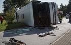У Німеччині перекинувся автобус з іноземцями: більше 40 постраждалих