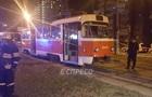 В Киеве мать с ребенком попали под трамвай