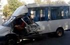 У Сумах водій маршрутки спровокував потрійну ДТП