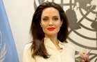 Джоли вспылила из-за вопросов о Питте в эфире шоу - СМИ