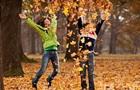 З жовтня у школярів починаються осінні канікули