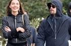 Ди Каприо сняли на прогулке с украинской моделью