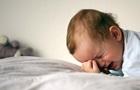 В Киеве маленькие дети два дня просидели запертыми в квартире