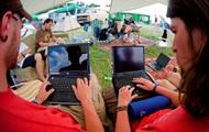 Британские ученые: интернет-форумы спасают жизни