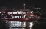 В порту Гонконга паром налетел на неизвестный подводный объект: 85 человек пострадали