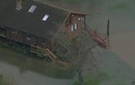 13 тысяч домов остались без электричества из-за наводнений в Великобритании