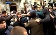 Во Львове из-за сноса больницы произошла драка между свободовцами и активистами