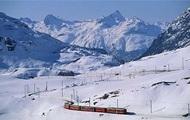 Во французских Альпах сошел с рельсов поезд, есть жертвы