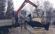 На Львовщине демонтировали памятник советскому солдату