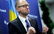 Украина готова занять место России в G8 – пошутил Яценюк