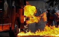Венесуэла: новые столкновения протестующих с полицией
