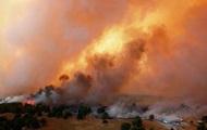 Лесные пожары уничтожили несколько десятков домов и 1,5 тысяч гектаров леса в Оклахоме