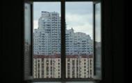 В Москве мужчина выбросил дочь из окна многоэтажки: девушка скончалась