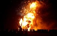 Карнавал в Лондоне и праздник в Палестине: главные фото недели