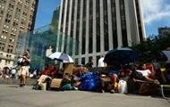 В Нью-Йорке уже выстроились очереди за новым iPhone