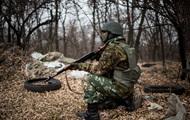 На Луганщині солдати обстріляли автомобіль з військовими, є жертви