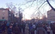 В Константиновке начались беспорядки возле общежития военных