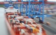 Украинская торговля сократилась на треть