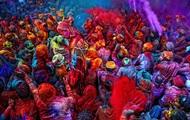 Daily Mail показала красочную жизнь Индии