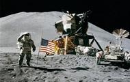 США знову хочуть полетіти на Місяць