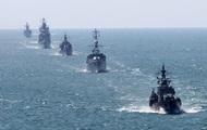 Россия обвинила эсминец США в опасном сближении со своим судном