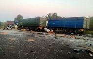 На Полтавщині зіткнулися три вантажівки: троє загиблих