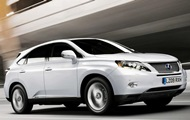 I Kiev, Lexus salg voksede næsten tre gange