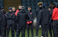 Hey Ibra, look at ice: the players of Manchester United tested the pitch in Odessa