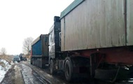 In Sumy threw away 15 truckloads of garbage from the city