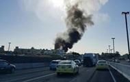 L'avion est tombé sur le centre commercial en Australie