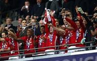 Ibrahimovic a apporté la victoire de UNITED en finale de la Coupe de la Ligue
