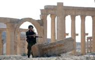 Syria recaptured the commanding heights on the outskirts of Palmyra