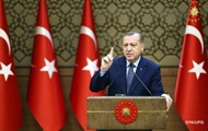 Erdogan pohrozil strávit v Turecku referendum o vstupu do EU