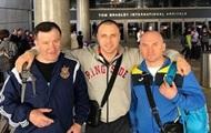 Бурсак прибыл в Лос-Анджелес на бой с Рамиресом