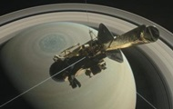 The Cassini probe will fly between the rings of Saturn and its atmosphere
