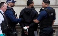 В Лондоне задержали вооруженного бородача, подозреваемого в подготовке теракта