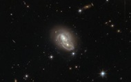 Hubble took a quick overlapping of the galaxy
