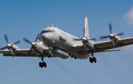 Российский истребитель пролетел в шести метрах от американского самолета-разведчика- СМИ