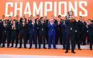 Донецкий Шахтер награжден золотыми медалями