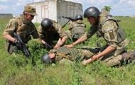 За день в зоне АТО 10 раз обстреляли позиции ВСУ, ранен один военный