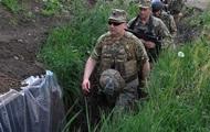 Турчинов: Контроль жителей ЛДНР усилят