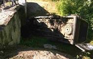 На Луганщине перевернулась маршрутка: 12 пострадавших