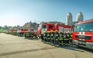 В Днепре спасатели получили новую амуницию