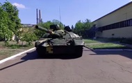 Порошенко показав модернізований танк Оплот