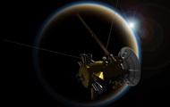 NASA показало привабливі фото Сатурна