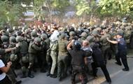 Стычки под судом в Черноморске: 35 пострадавших