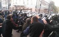 Полиция штурмовала палаточный городок под Радой