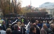 Активистам не дали установить палатки под Радой