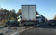 В Геранбое легковушка столкнулась с грузовиком, один человек тяжело ранен